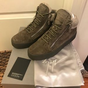 NEW Giuseppe Zanotti Shearling Mid Top Sneakers